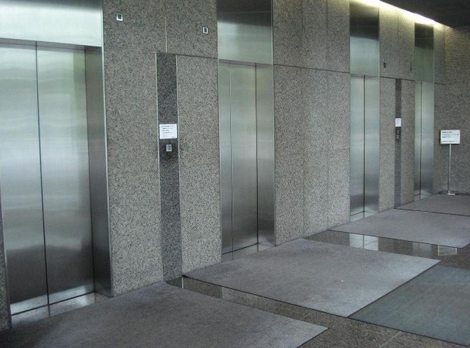 【港区 愛宕】2020年開業の新駅より徒歩2分 9F