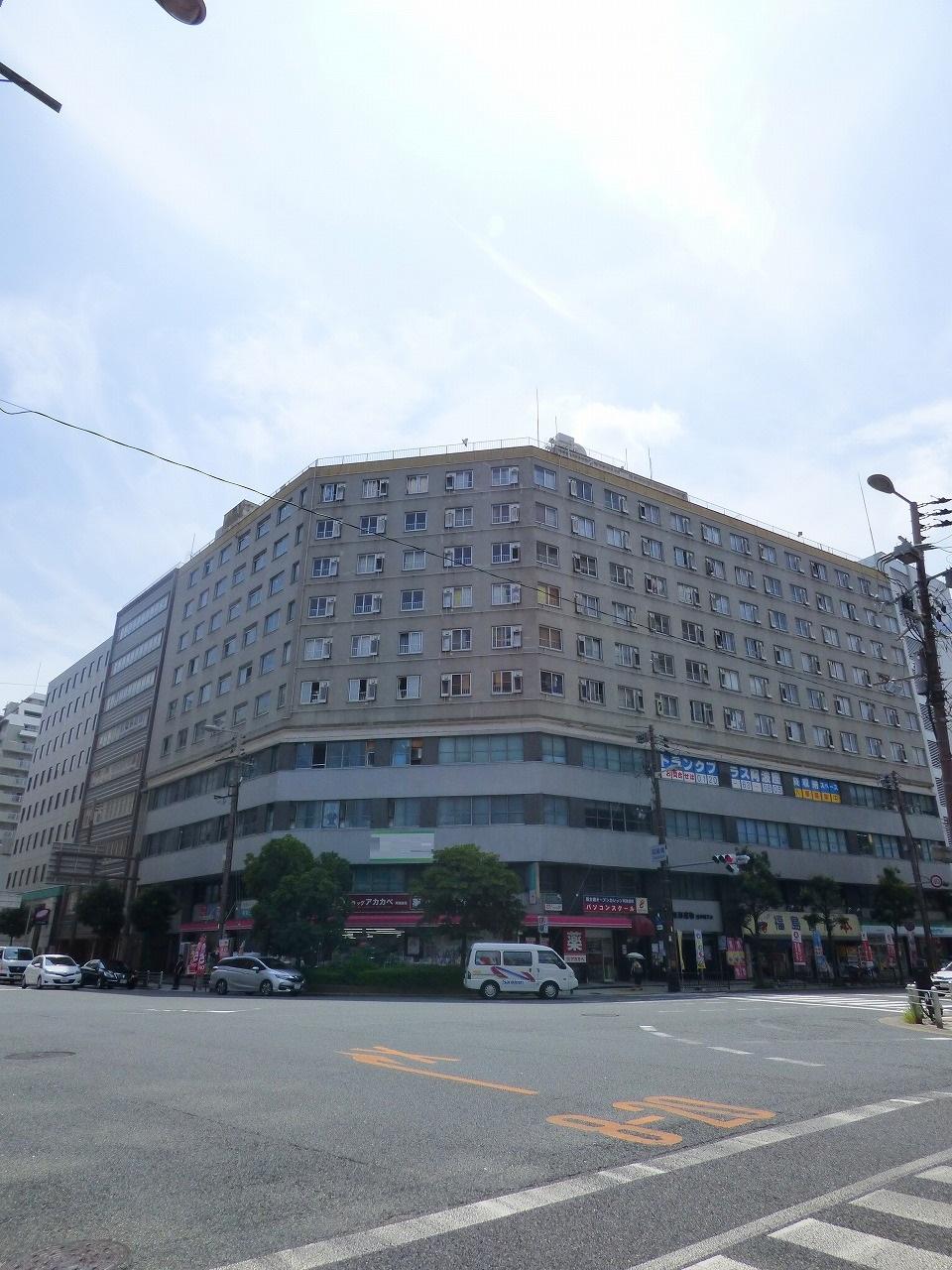 【大阪市西区西本町】 大通り沿い、賃料格安
