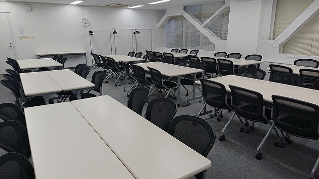 【中央区 日本橋】短期プロジェクトや採用面接での利用も可能!①