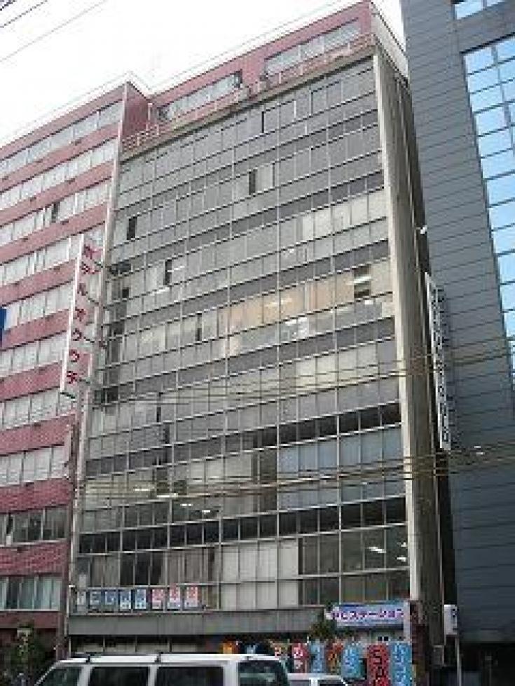 【大阪市西区】大通り沿いの駅近物件!