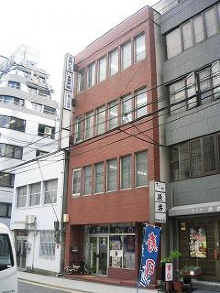 【大阪市中央区】駅近、1フロア1テナント仕様のオフィスビルです