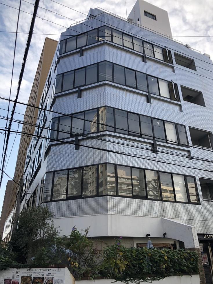 【大阪市中央区】「長堀橋」駅、駅近のコンパクトオフィス
