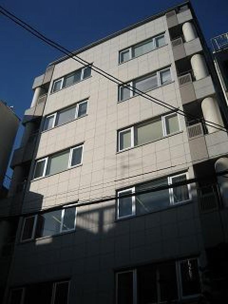 【大阪市北区西天満】静かな環境、裁判所近し。希少な築浅物件!