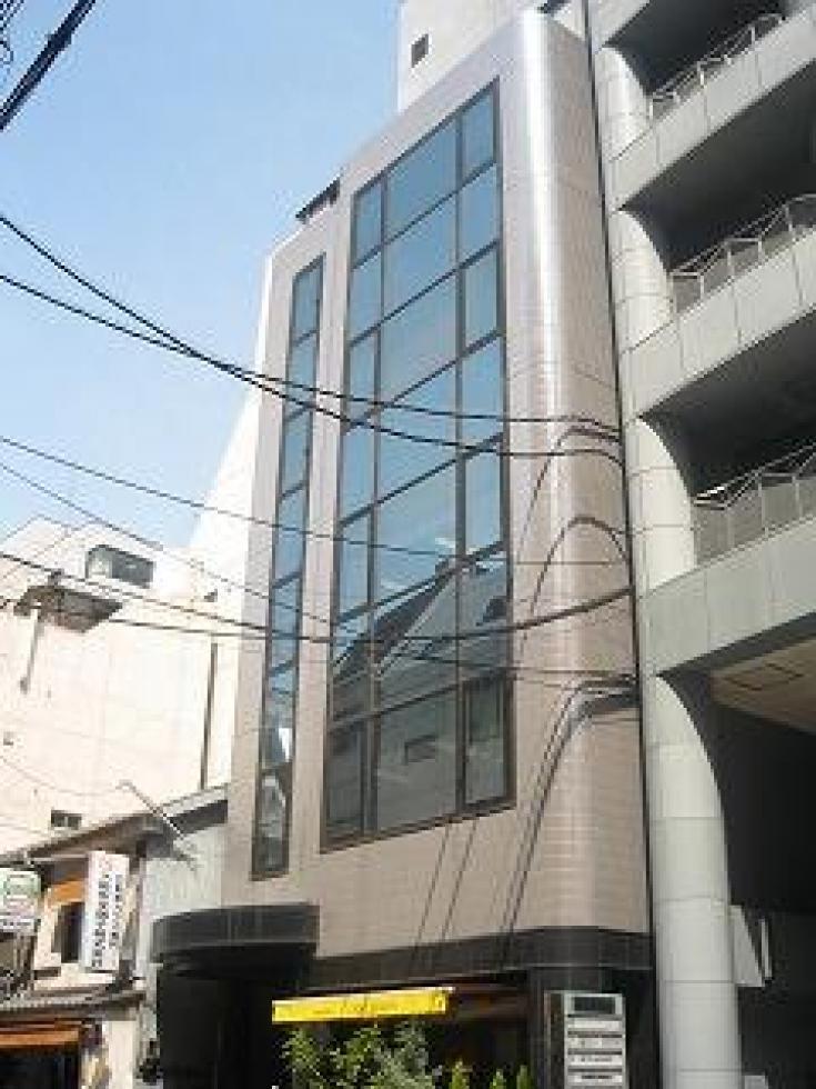 【大阪市西区西本町】最上階のバルコニー付きメゾネット区画