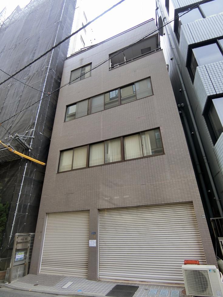 【中央区 新川】窓あり・室内トイレあり・コンパクトビル