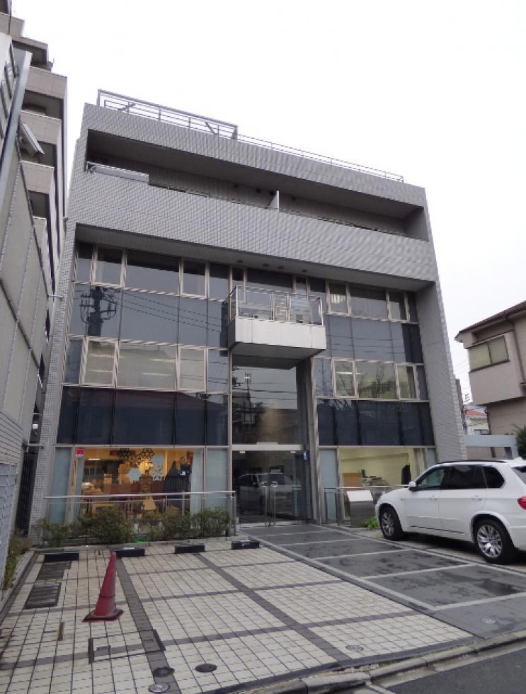 【新宿区 信濃町】クリニックの相談可能なオフィス