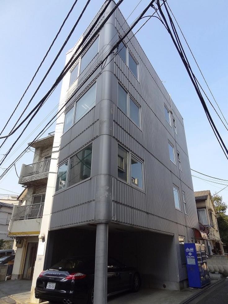 【渋谷区 恵比寿】室内にトイレあり。綺麗な外観のオフィスビル