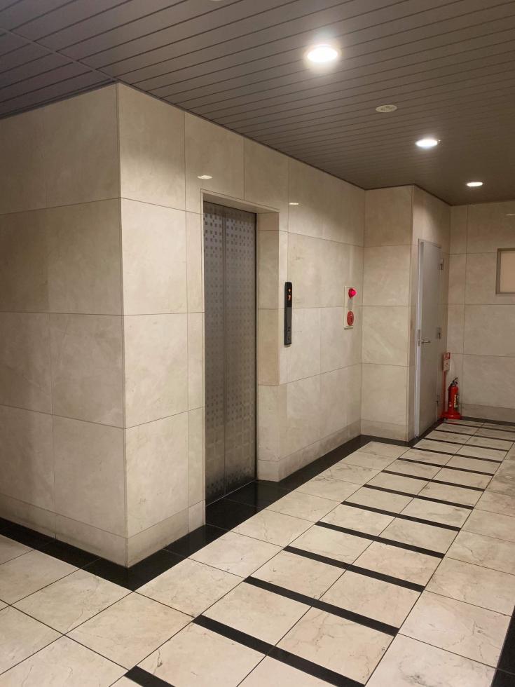 【大阪市中央区】本町駅徒歩3分の好立地!マンションタイプの物件です!